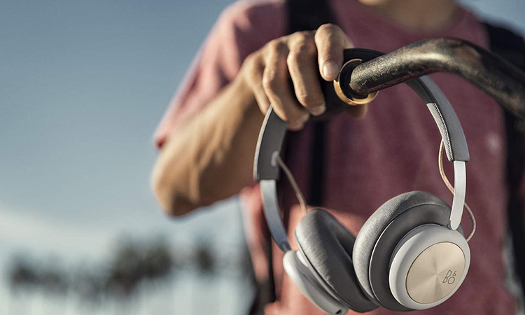 Beoplay H4