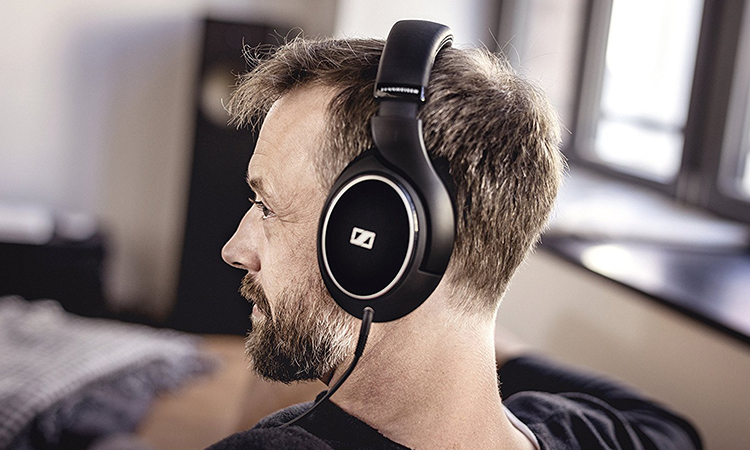 Top 10 Best Closed Back Headphones in 2020