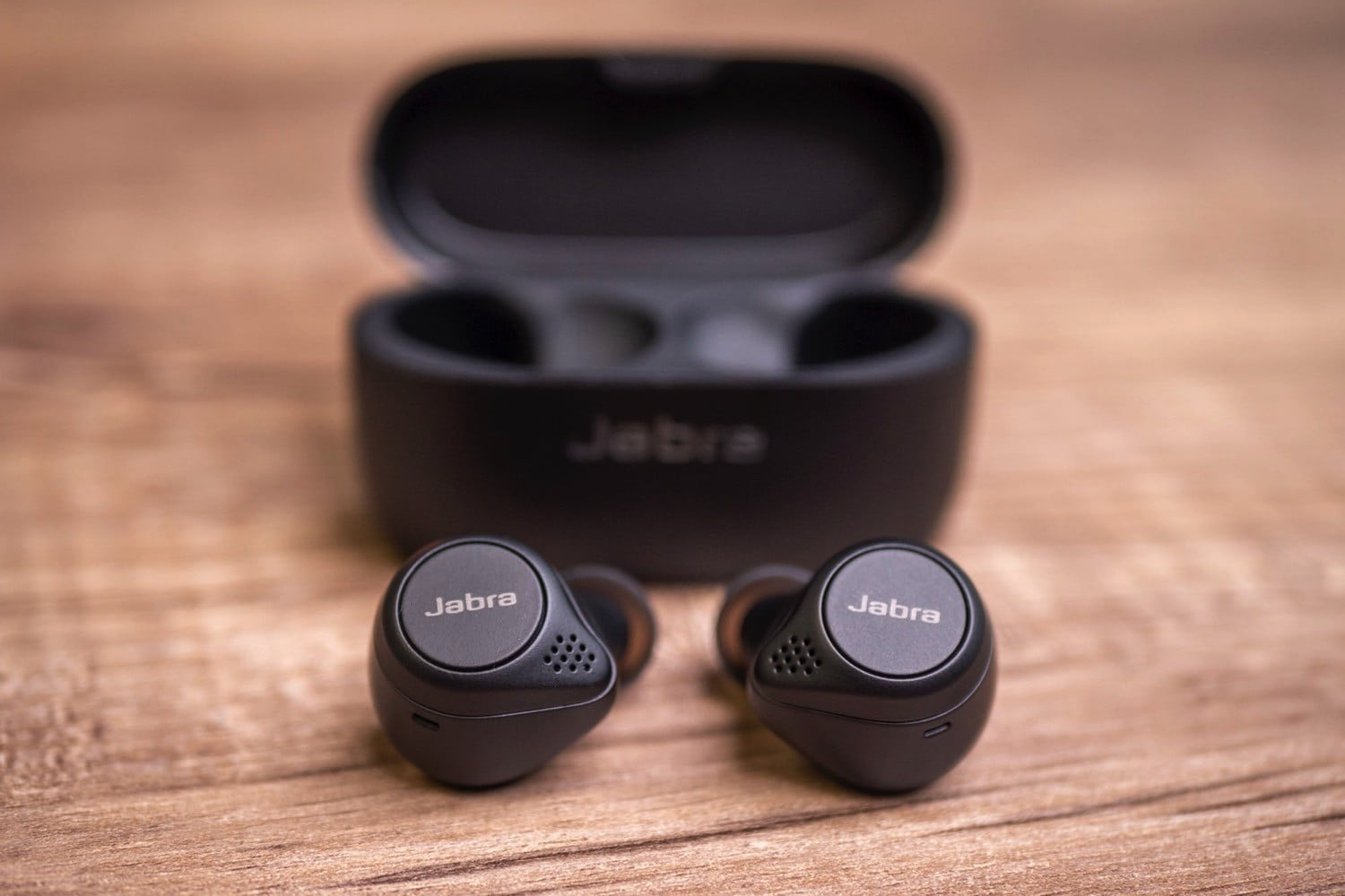 Alternatives to AirPods