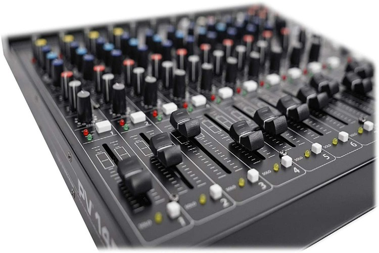 Top 10 Peavey Mixer in 2020