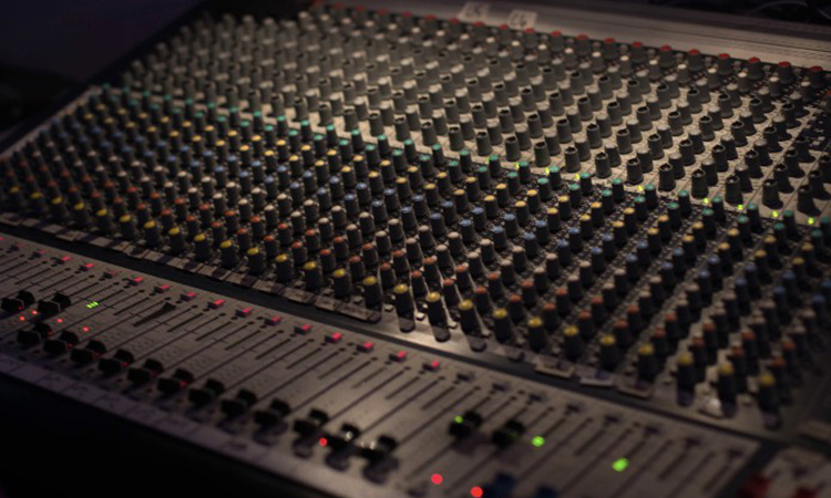 Top 10 Mixing Console in 2020