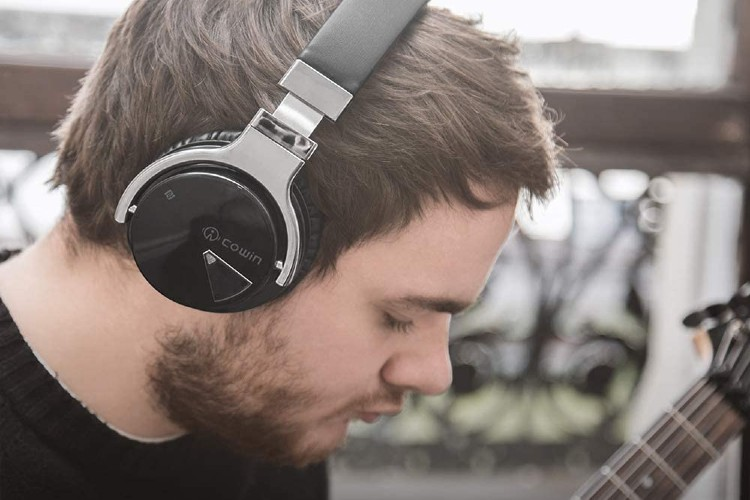 Cowin E7 Active Noise Cancelling Headphone Review