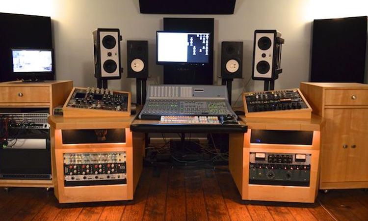Mixing console stand